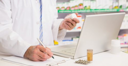 Program stażu i obowiązki technika farmaceutycznego. Zarobki na stażu w aptece