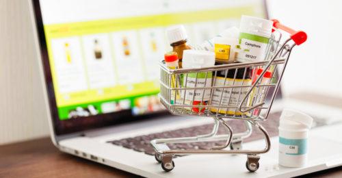 Apteka internetowa na rynku farmaceutycznym – zalety i wady